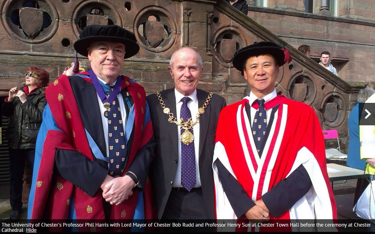 Phil and Henry Sun with Mayor
